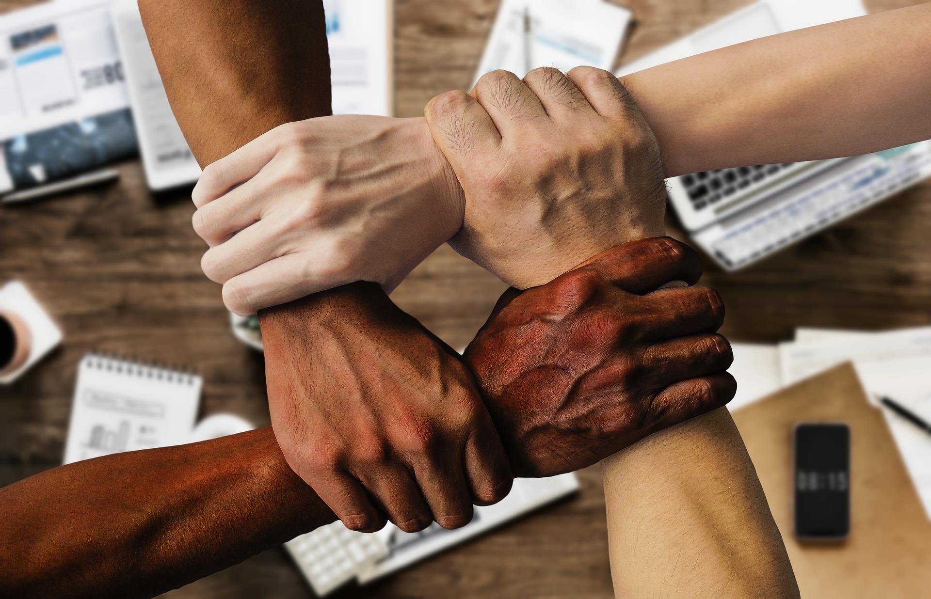 Témoignage client : Engager un réseau de mandataires dans une stratégie d'Employee Advocacy